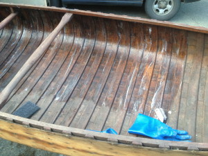 Stripping Canoe Varinsh