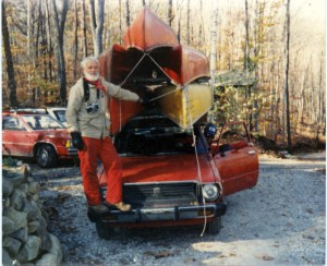 Bill Mason 5 canoes on car